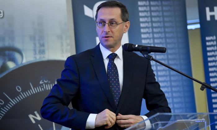 Finance Minister: GDP Expected to Fall 5 Percent in 2020